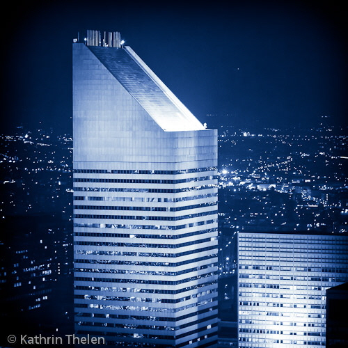 Citicorps Center at night